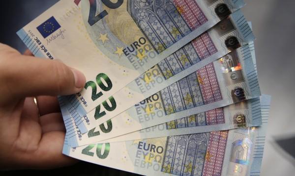 Фирми цакат гастарбайтери с жълти стотинки за командировки