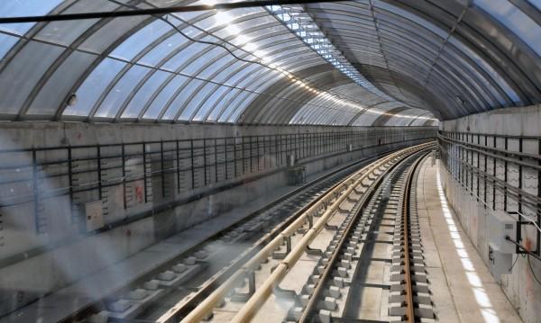 Работата по метрото започва! Движението се променя