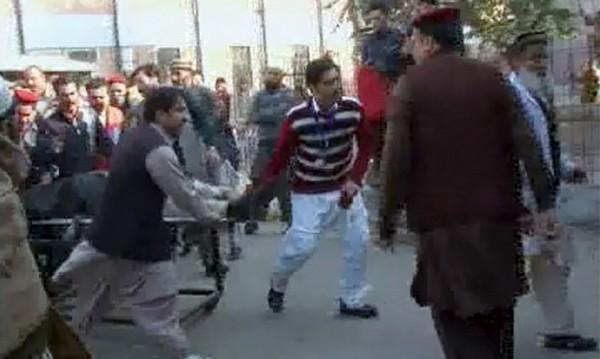 Над 20 са убитите при нападението в Пакистан