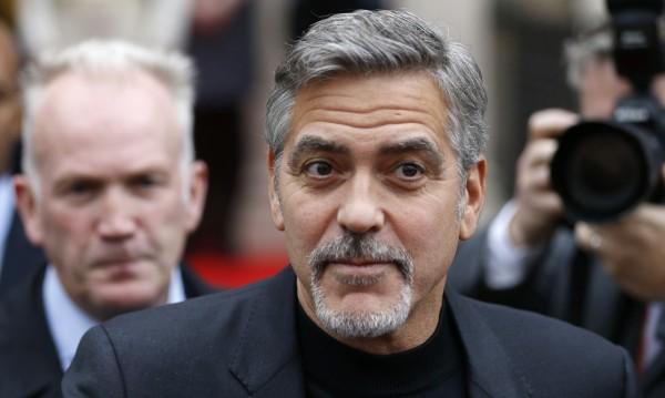 Джордж Клуни защити цветнокожите в Холивуд