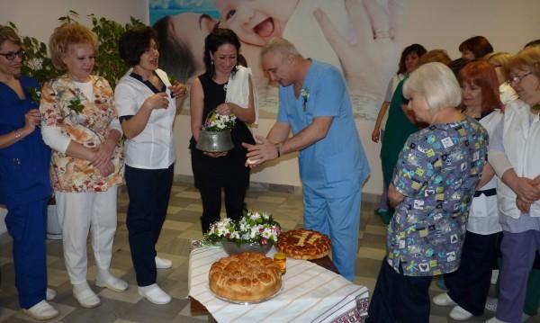28 двойки близнаци проплакали в Бургаската болница