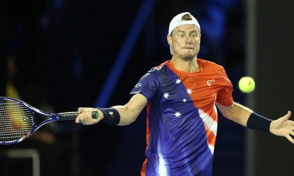 Замесиха Лейтън Хюит в уговорените мачове в тениса