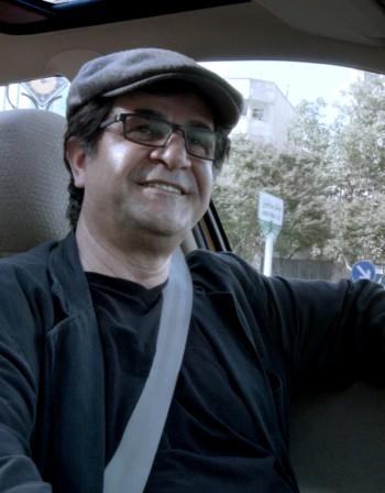 """""""Такси"""" на осъдения Панахи идва у нас"""