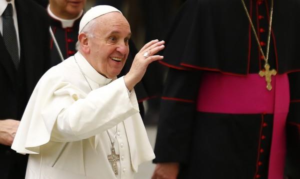 Папата: Интернет е дар Божи, ако се използва мъдро!
