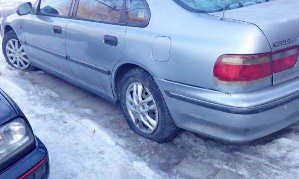 Над 50 коли осъмнаха с нарязани гуми в Пловдив
