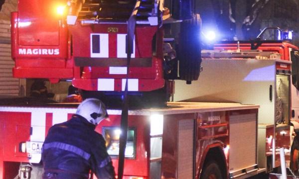 Двама души загинаха при пожар в село в Смолянско