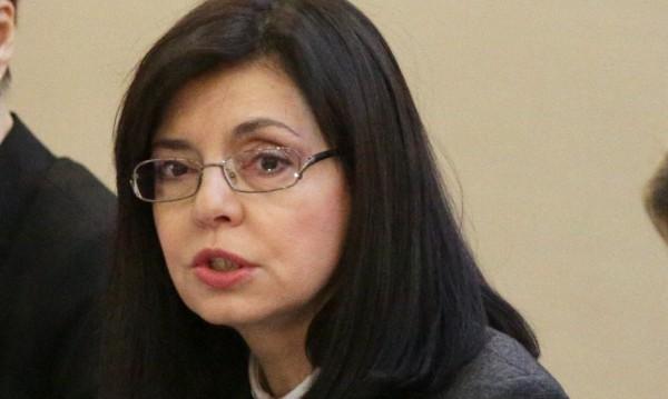 Меглена Кунева иска оставки във ВСС
