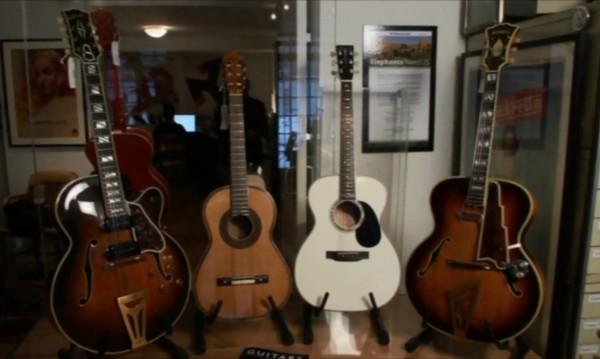 Богата колекция от китари отива на търг в Ню Йорк