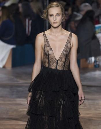 Висша мода за съвременната жена от добрия стар Dior