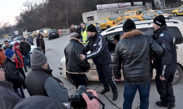 Варненски таксиджии наглеят: Километърът, 1,70 лв. да е!