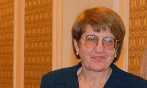 Маргарита Златарева сама си тръгна от ЦИК