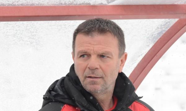 Стойчо Младенов може да поеме отбор от Португалия