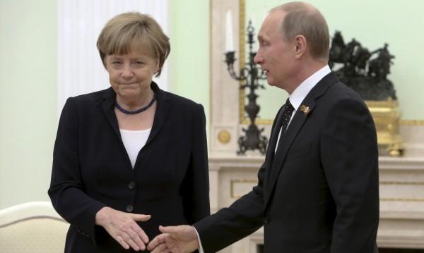 Путин е решен да подкопае Меркел в Европа