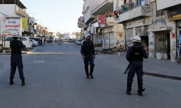 Трима загинаха при нападение срещу джамия в Саудитска Арабия