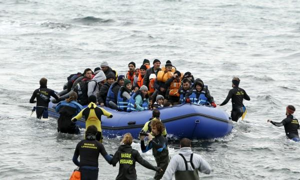 Пращаме на Гърция граничари срещу бежанците