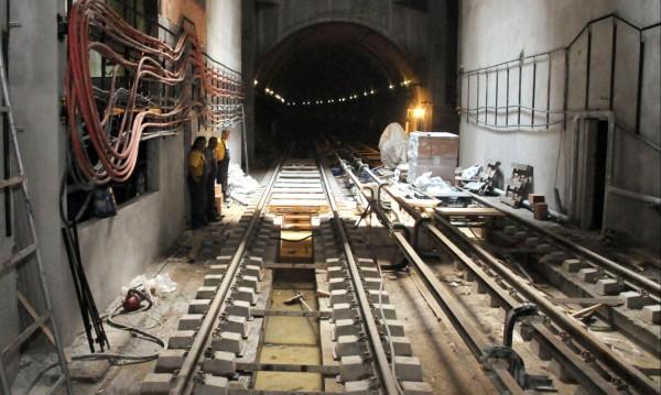 Копаенето за метрото хвърля София в трафик транс