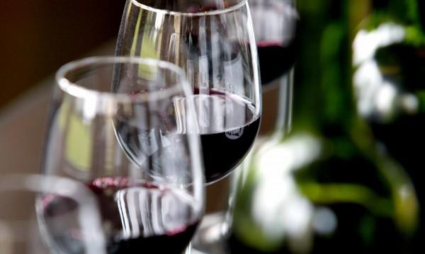 Пием повече розе и бяло вино за сметка на червеното