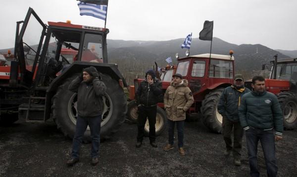 Пълна блокада на Промахон – нито коли, нито пешеходци