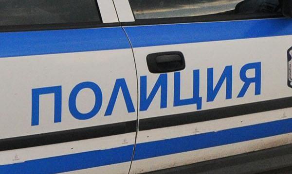 Застреляха 53-годишен в дома му в Софийско