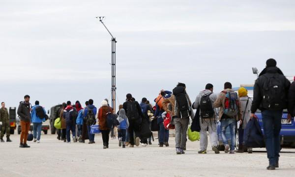Кой печели добри пари от мигрантите в Германия?