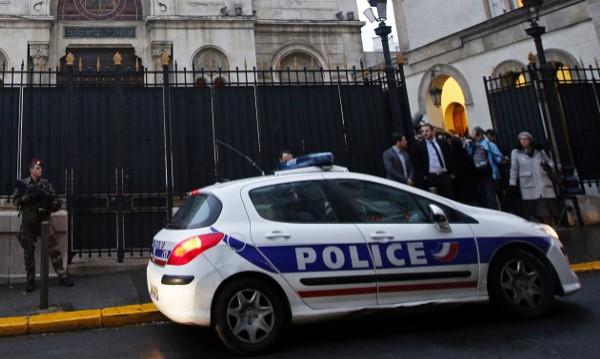 Хванаха петима в Лион, искали да бягат при ИД през BG