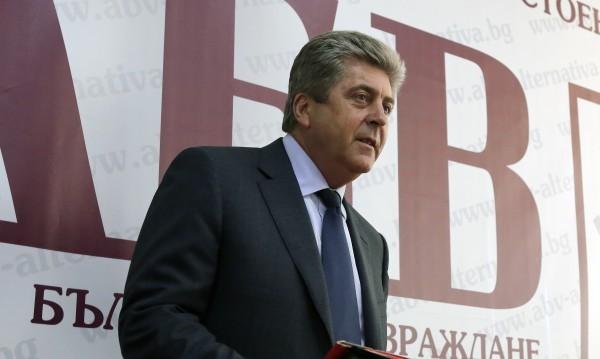 Изтеглете кандидатурата на Кунева, зове Първанов
