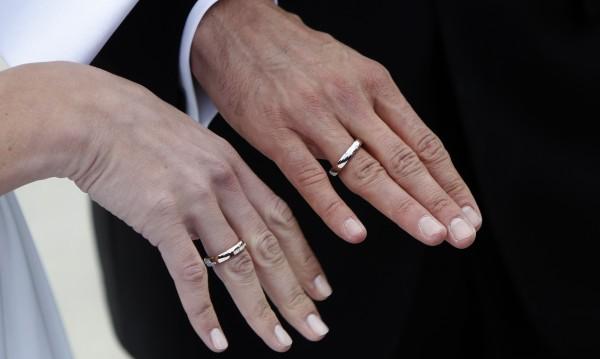 Влюбени габровци предлагат брак в... театъра