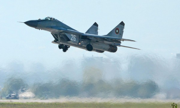Окончателно: Пуснахме НАТО да пази небето ни!