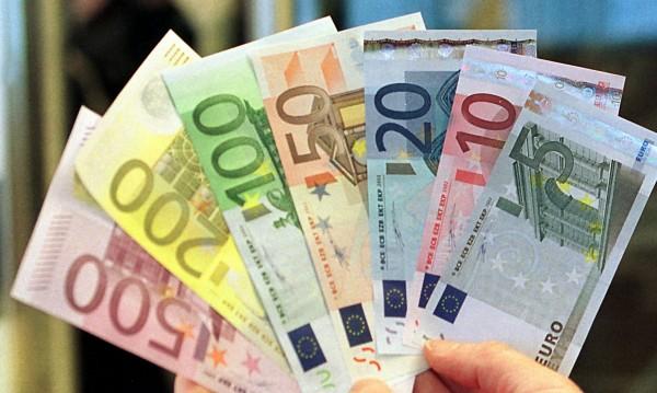 """Берлин и Париж """"за"""" финансово министерство на еврозоната"""