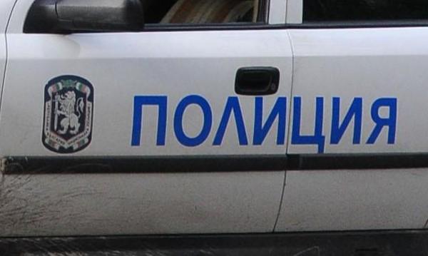 Кола блъсна мъж и жена в центъра на София