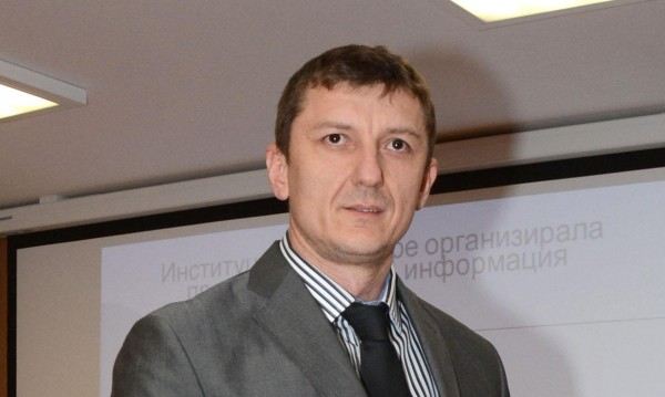 Зам.-министър  Орхан Исмаилов обмисля оставка?