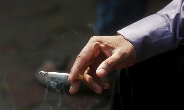 От 20 май – снимки на трупове по цигарените кутии