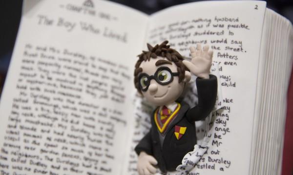 Нови приключения с Хари Потър