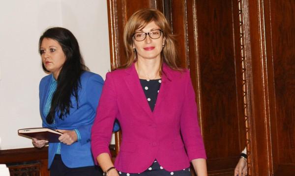 Захариева уверява: Съдебната реформа ще работи за бизнесa