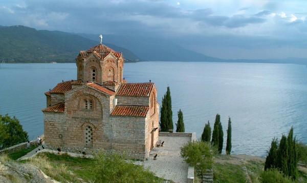 Кюстендилци на пазар: Не у нас, а в Македония и Сърбия