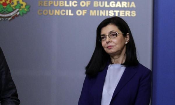 Кунева: По един зам.-министър за борба с корупцията