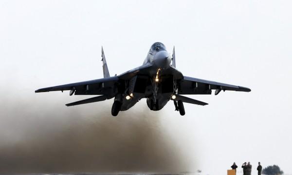 Правителствен МиГ-23 беше свален в Либия