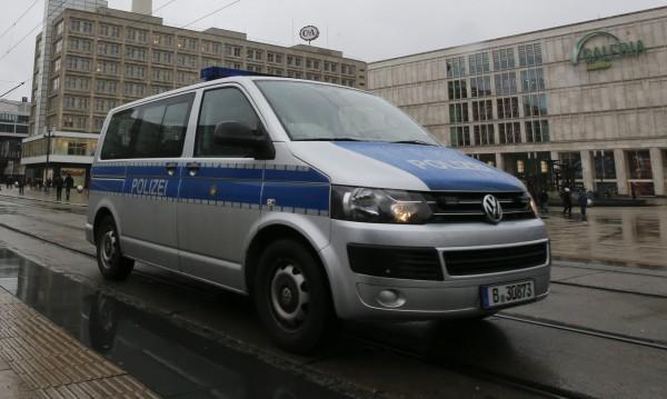 Арестували двама съучастници на парижките атентатори