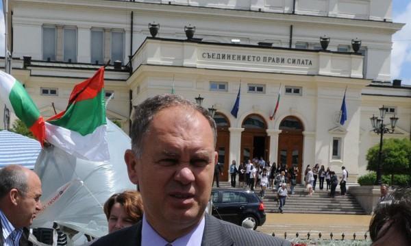 Още една нова партия – Георги Кадиев я обявява до дни