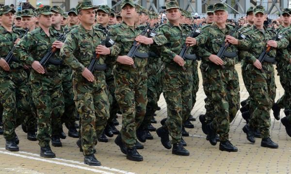 Талибани отново атакуваха летище Кандахар