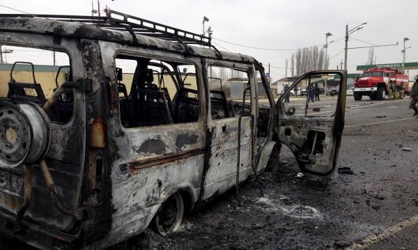 Трима загинаха при експлозия на полицейски КПП в Дагестан