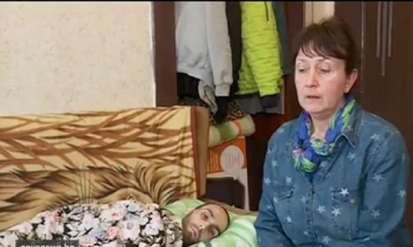 Две болници връщат психично болен, нямало места