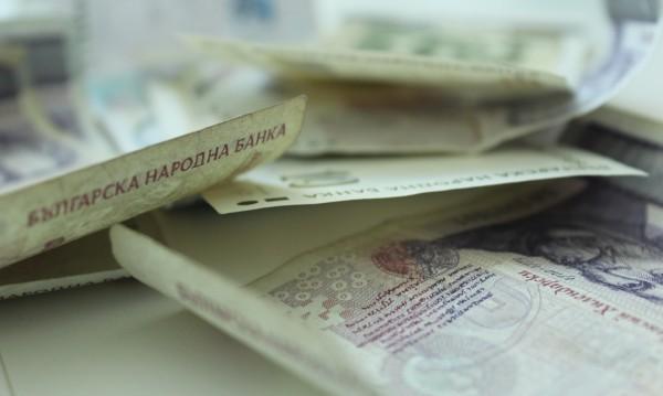 Шуменка хвърли плик с пари на ало апаш