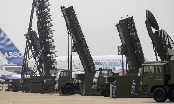 Китай разположил зенитни комплекси на спорен остров в Южнокитайско море
