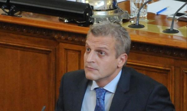 """Ще мине ли вотът на недоверие """"Москов""""?"""