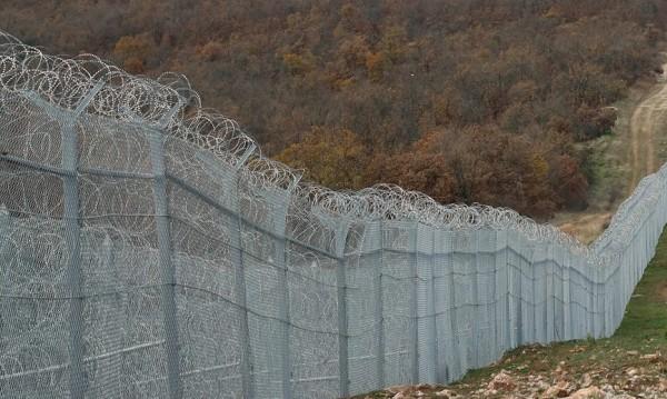 Решено: Армията на границата – с пушкала на браздата