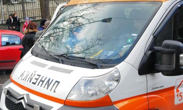 Линейка и кола катастрофираха в Котленския проход