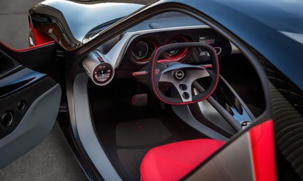Opel показа кола без бутони