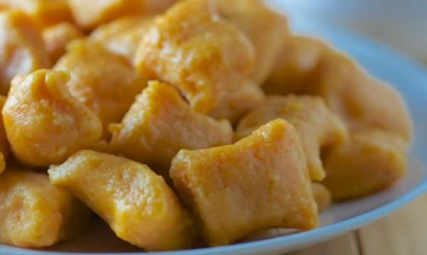 Рецептата Dnes: Картофени ньоки с масло и подправки