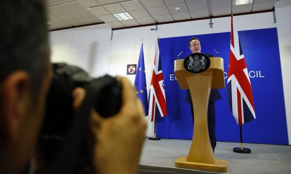 Имаме сделка! Великобритания няма да излиза от ЕС